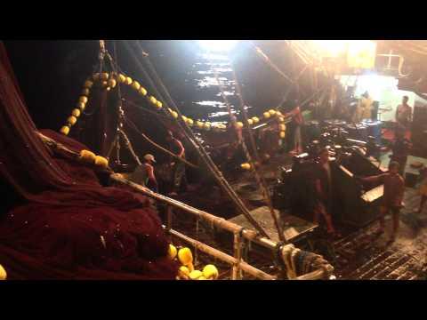 galunggong fishing in palawan FUNtastic PHILIPPINES