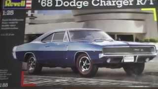 Revell. 1/25.  Обзор на модель: '68 Dodge Charger R/T  (стендовый моделизм)
