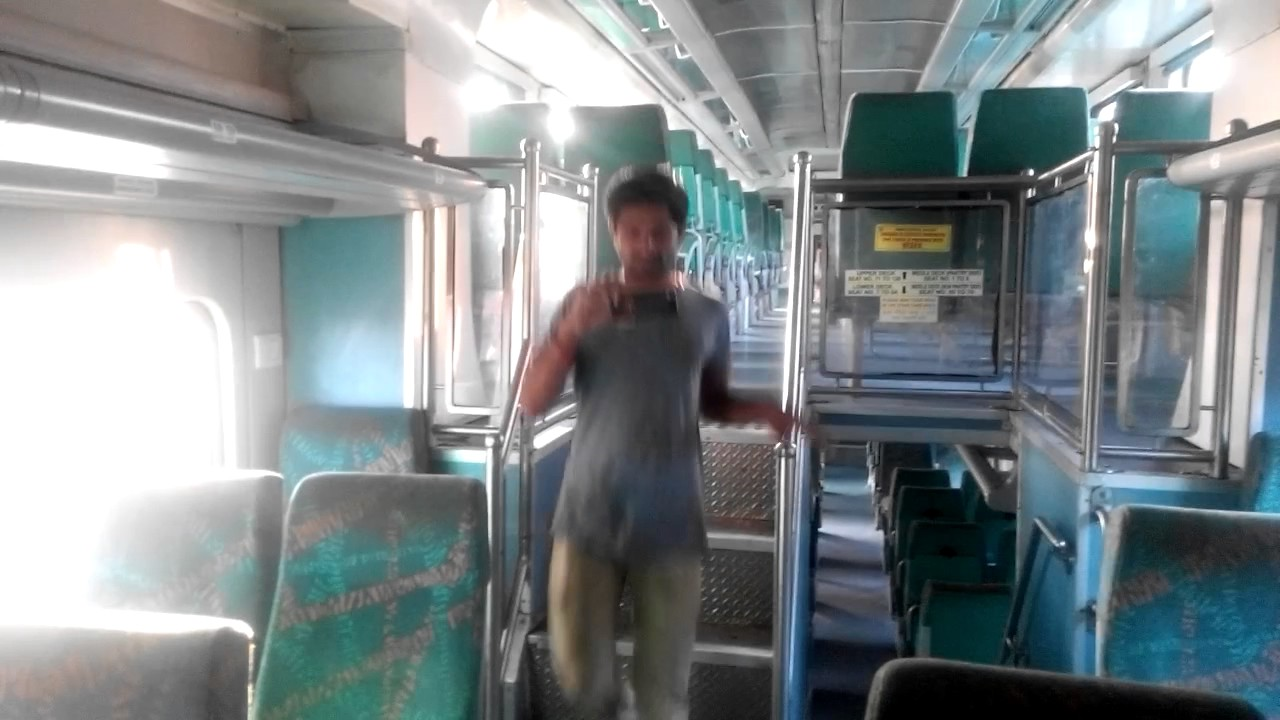 how to go tirupati from mumbai by train