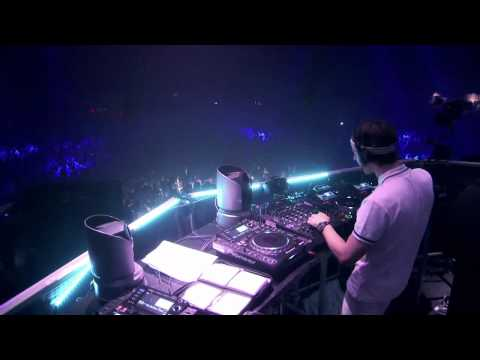 Chris James & Lee Dearn - Torcida Cumbia (Mightyfools Remix)