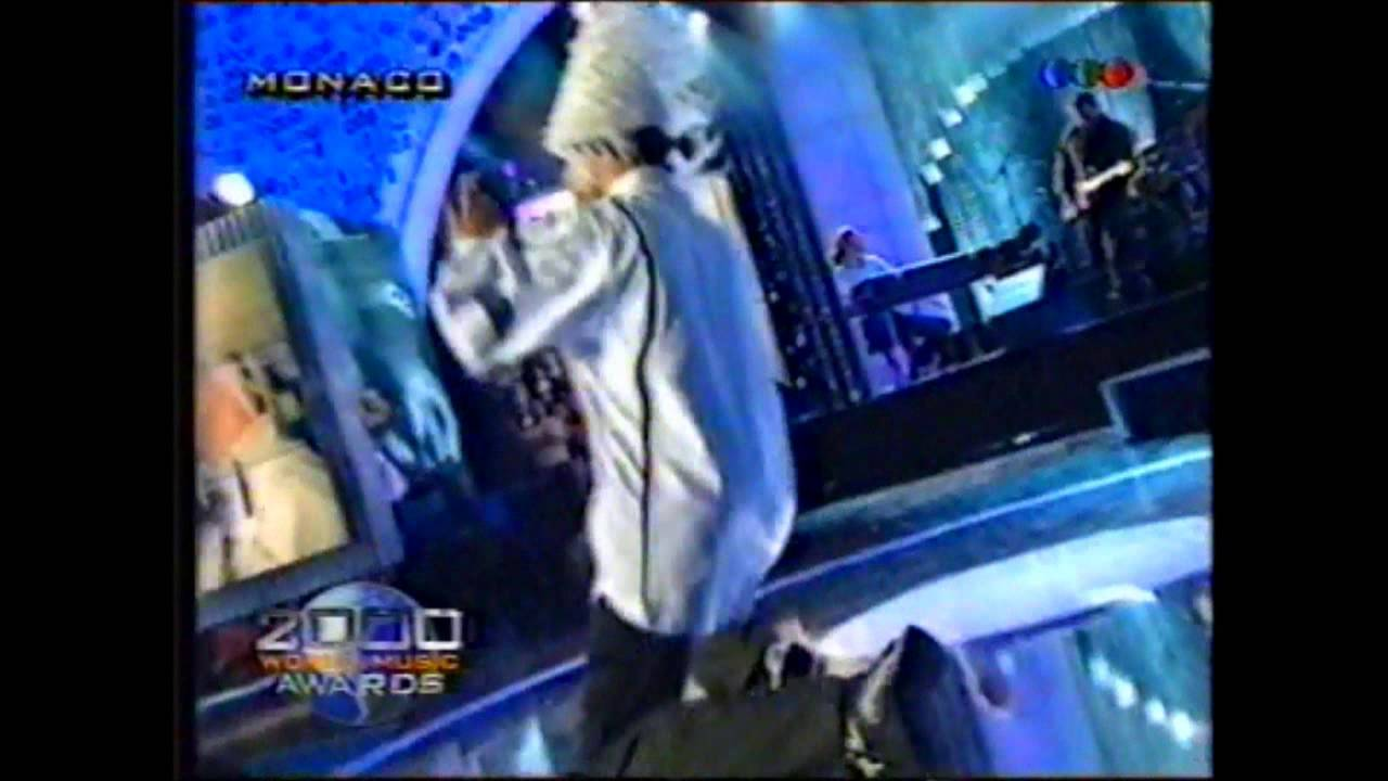 Jamiroquai canned heat en vivo a o 2000 youtube for Jaguar house music