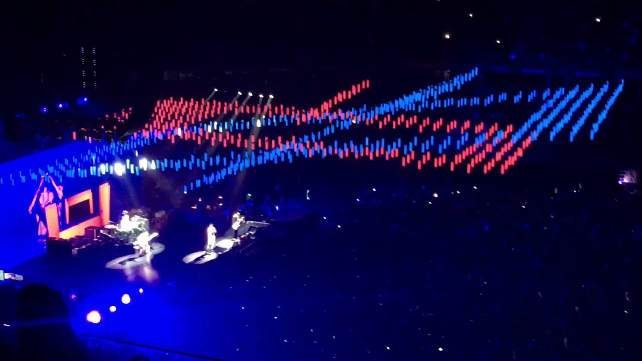 red hot chili peppers madrid 2016 live from barclaycard center the getaway tour youtube. Black Bedroom Furniture Sets. Home Design Ideas