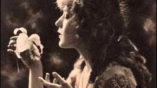 Sesimde Şarkısı Aşkın Figan Olup Gidiyor - Saime Sinan