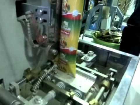 1debc9acc  ماكينة تعبئة و تغليف عامودي ظرف بهارات من 3-150 غرام .wmv - YouTube