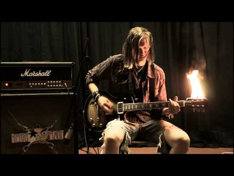 Slash : Standing In The Sun