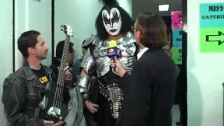 KISS GENE SIMMONS MEXICO PLATICA BUENA ONDA CALLATE LA BOCA