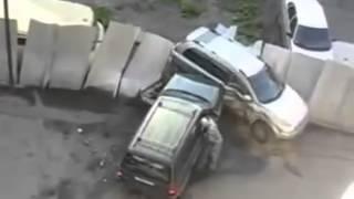 Женщина уничтожает мужа с любовницей, шуры муры в машине опасно для жизни(