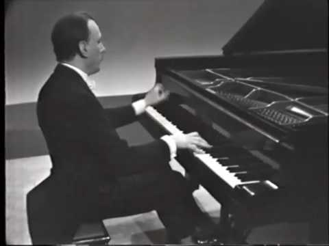 Michelangeli Plays Debussy Images 2/1 Cloches à Travers