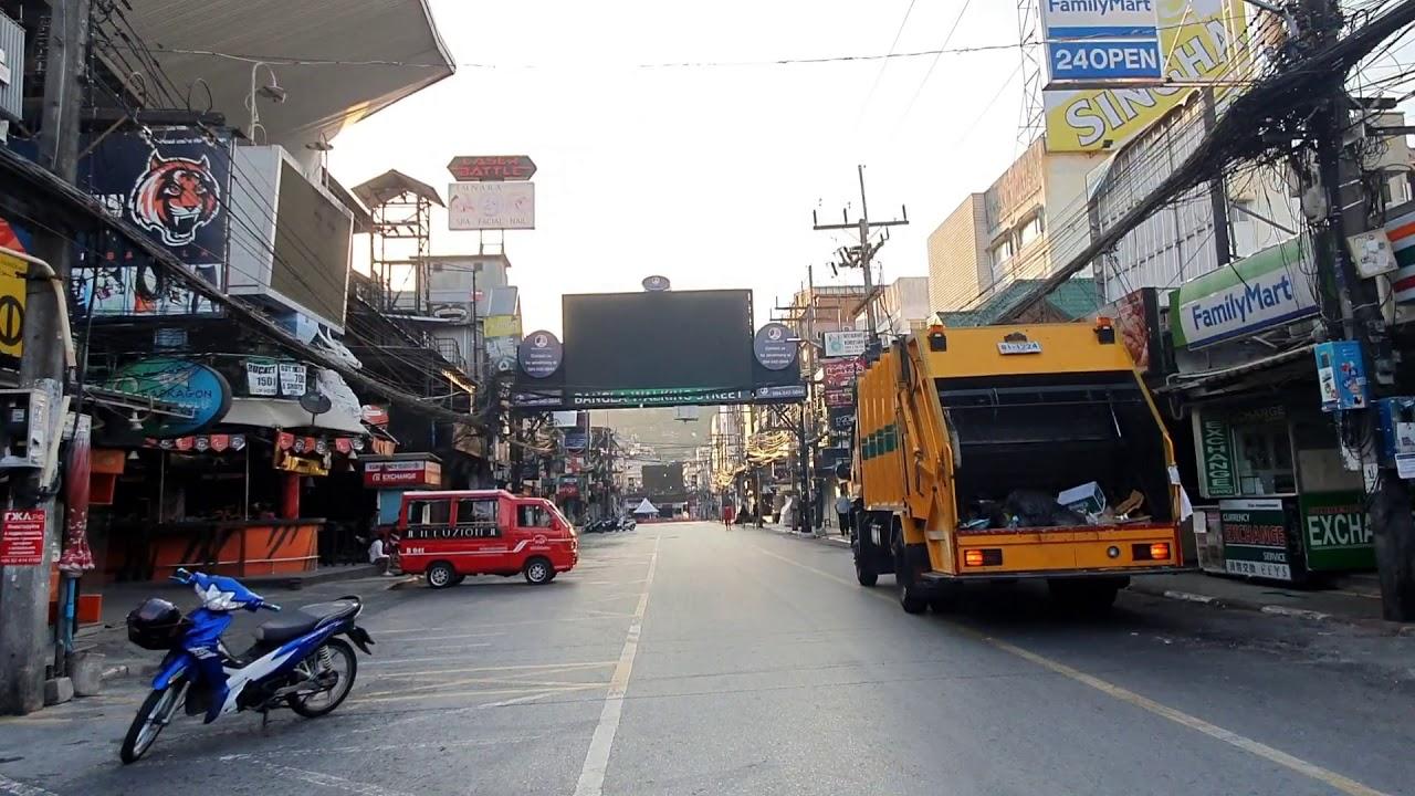 Bangla walking street Ngày đầu lệnh giới nghiêm có hiệu lực.