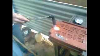 Proses pembakaran logam Emas secara sederhana