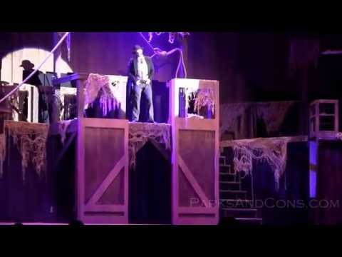 FULL HD The Hanging Finding Gory Knott's Scary Farm Buena Park California September 22 2016