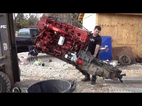 РЕМОНТ США. Ошибка которая убила двигатель. Cummins ISX 15.