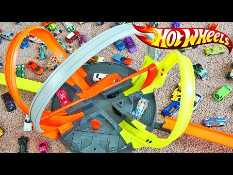 New Hot Wheels Roto Revolution Multi 360 Loop Race Track Is Cool!