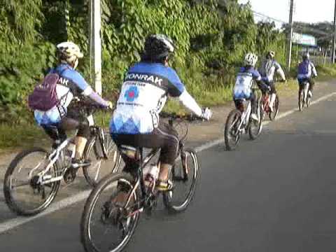 Ubonrak Cycling Teamปั่นทำบุณวัดป่าวิเวกฯ(1)22-07-12