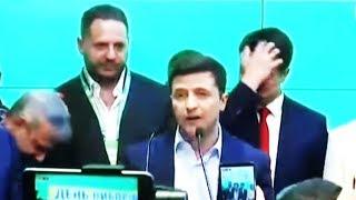 Смотреть видео Готов ли президент Зеленский к переговорам с президентом Путиным? онлайн