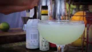 Drinkvideo Deluxe [cucumber Jalapeno Margarita]