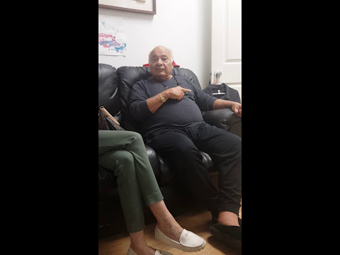 EXCLUSIVE VIDEO! Burt Young Shares a ROCKY Story about Hulk Hogan!
