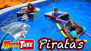 Fabrica un Barco Pirata de Carton resistente al Tiburon thumbnail