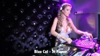 DJ Miss Roxx - Ile De La Réunion - Titty Twister & Blue Cat