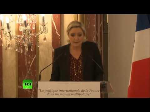 Devant des ambassadeurs internationaux, Marine Le Pen au sujet de l'Afrique