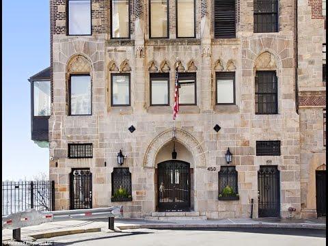 The Hermit S Hideaway Greta Garbo New York Apartment Overlooking East River