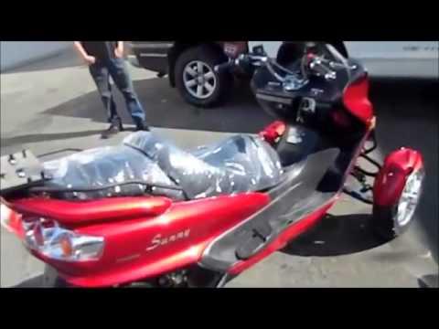 autoscooter november.mov - YouTube