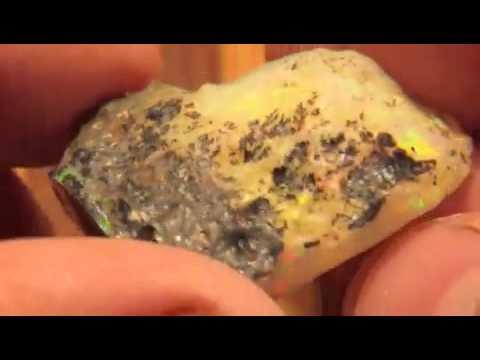 1 Kilo Welo Ethiopia Opal Rough AAA Top Rare Pattern Parcel.