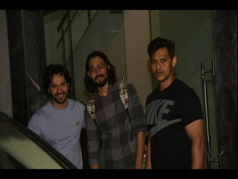Varun Dhawan Poses With BB Ki Vines Fame YouTube Sensation Bhuvan Bam Outside Gym