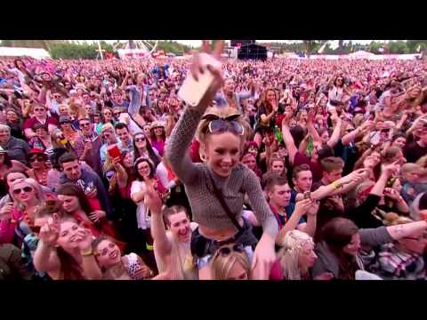 Paloma Faith - Picking Up the Pieces (T in the Park 2015)