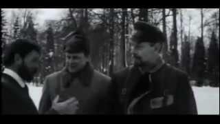 Отрывок из фильма Непобедимый 1983 год.