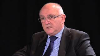 Repeat youtube video L'Adénome de la Prostate - Emissions ABC Doc'