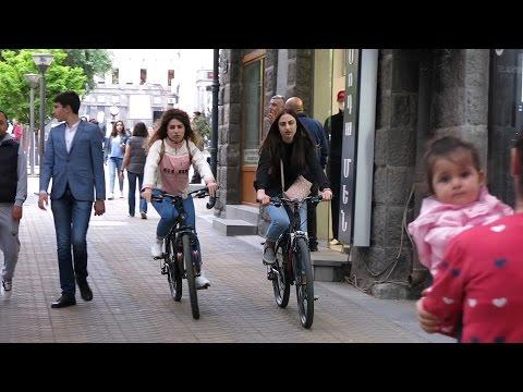 Yerevan, 05.05.17, Fr, Video-3, Abovyan poghots