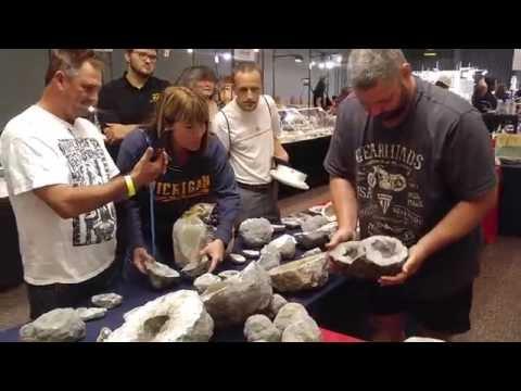 Double KeoKuk Geode cracked at Toledo Ohio Rock Show