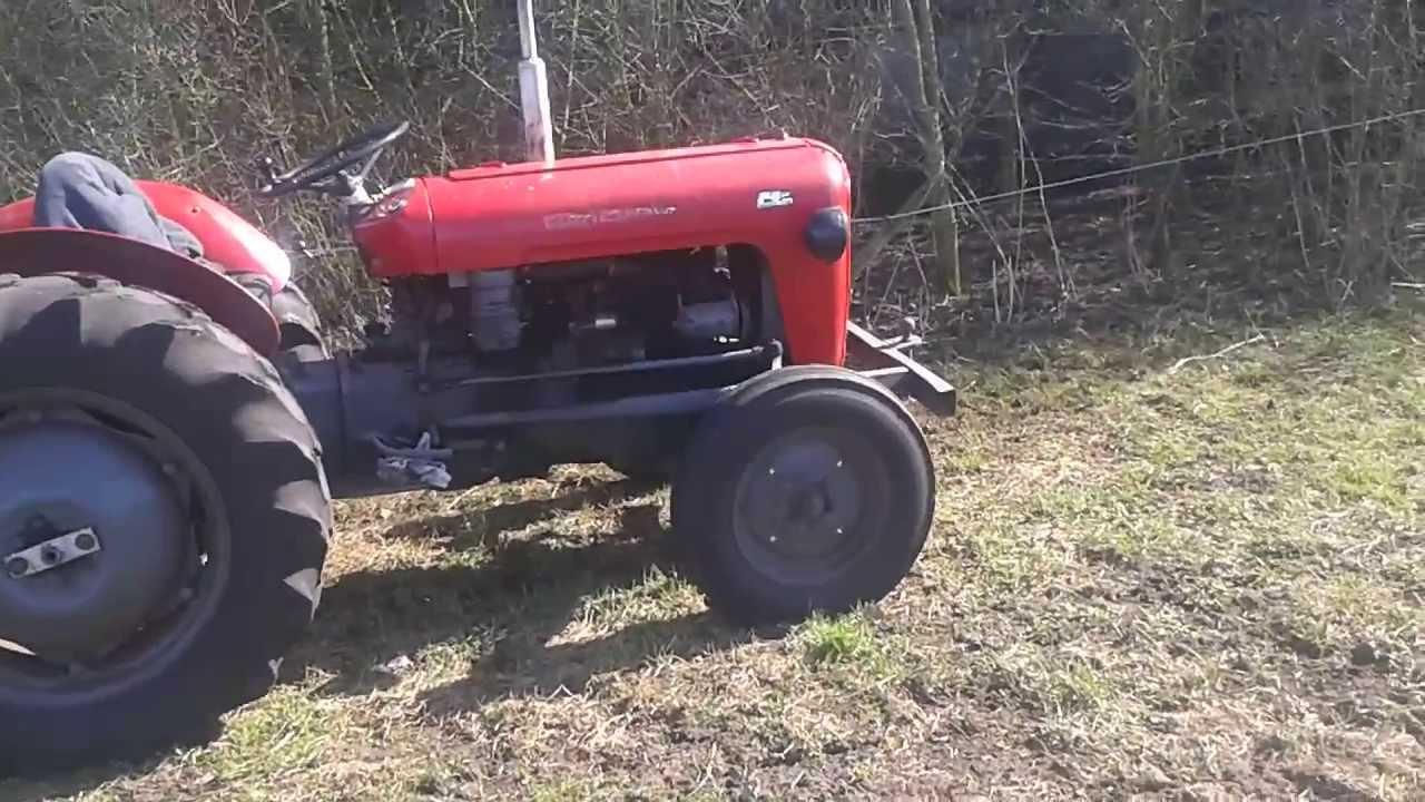 Massey 35 Perkins Diesel 1961 : Massey ferguson l cilinder diesel youtube