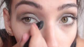 70s metallic smokey eye Thumbnail