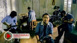 Download Hello - Di Antara Bintang (Official Music Video NAGASWARA) #music
