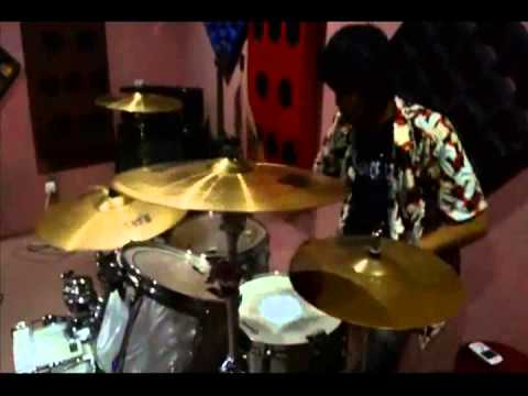 Thomas Juliarmy   JKT48 Heavy Rotation  PUNK DRUMMING COVER VIDEO)