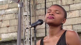 Lizz Wright - Walk With Me, Lord - 8/10/2003 - Newport Jazz Festival (Official)