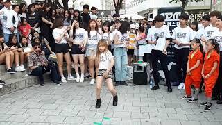 رقص افضل بنت كورية علىاعنية بلاك بينك التي ادهشت العالم برقصها