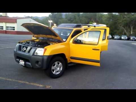 ( YELLOW )  2006 Nissan Xterra SE