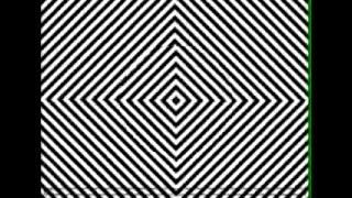 Это не страшилка! Реально классная илюзия! Смотрите в центр 30 сек, а потом посмотрите на руку котор