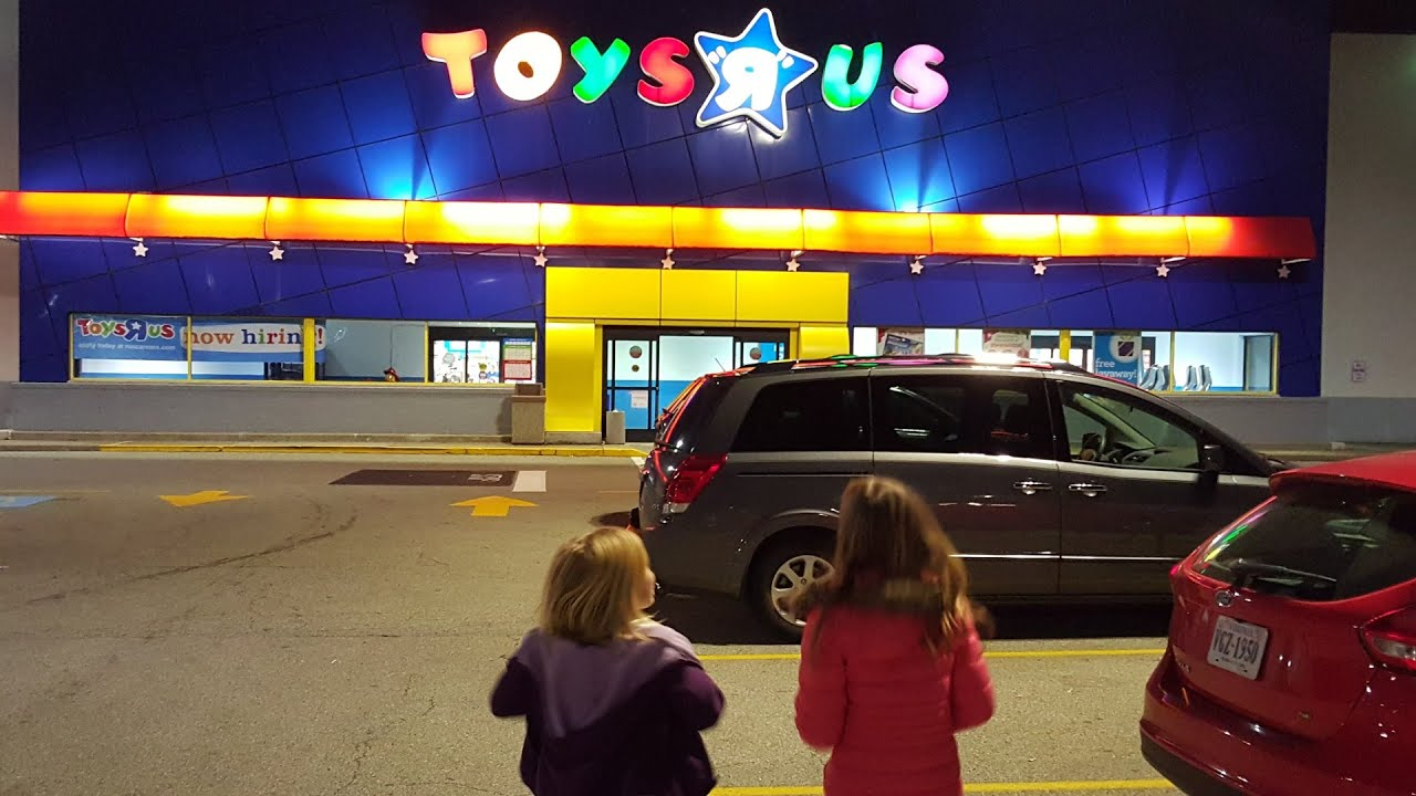 Toys For Toys : Toys r us shopping spree donated to for tots youtube