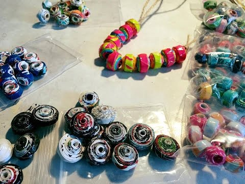 How To Make the Easiest Rolled Paper Beads Ever - Recycyled Paper Project