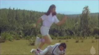 Dolly Minhas Romantic Scene || Musuku || Kannada new kannada movies | Kannada songs