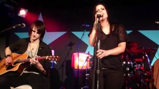 """Silbermond - """"Weisse Fahnen"""" live beim Privatkonzert am 12.03.2012 in Chaya Fuera Club in Wien"""