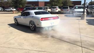 Challenger Hennessey HPE600 Burnout