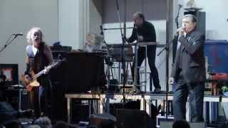 """Konzert — EINSTÜRZENDE NEUBAUTEN / """"Haus der Lüge"""""""