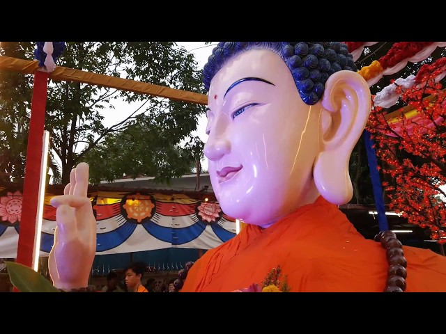 Wesak Day 2018 @ Buddhist Maha Vihara Temple, Brickfields, Kuala Lumpur (Float decorations)