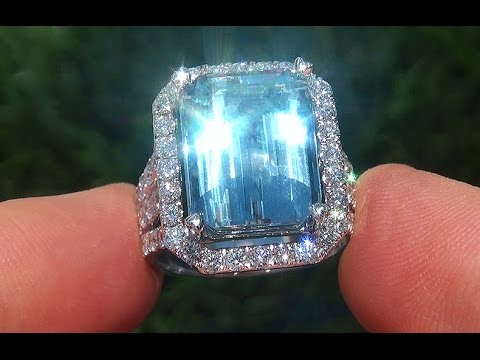 Blue Diamond Gold Ring