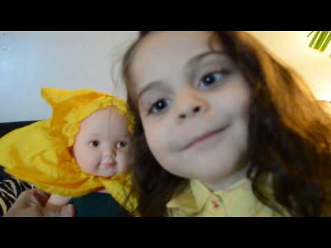 BOX OPENING!! GIFT PRESENT EVE GOT A NEW BABY!!  Anne Geddes Baby Daffodils Flower Doll  Reveal
